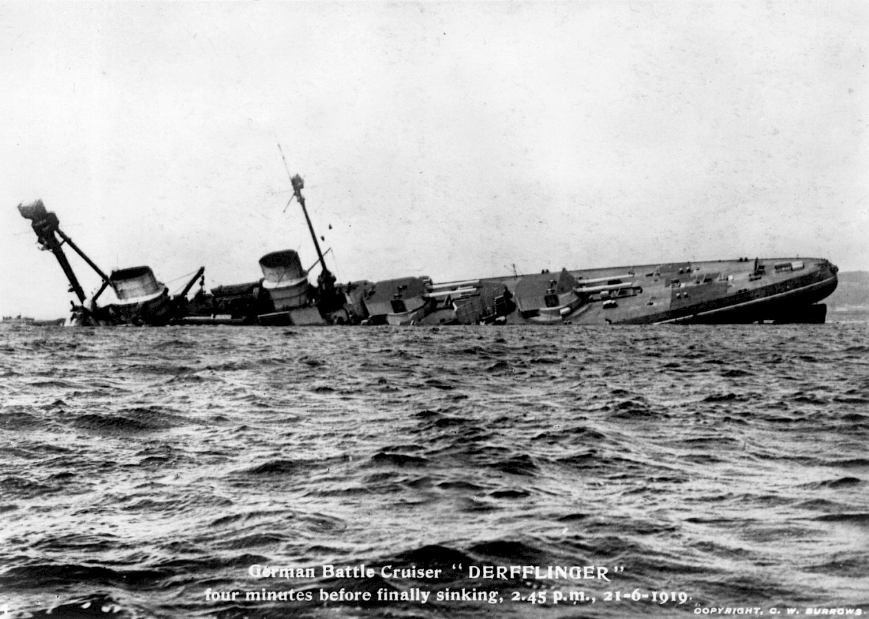 The Derfflinger sinking - image courtesy Orkney Library & Archive