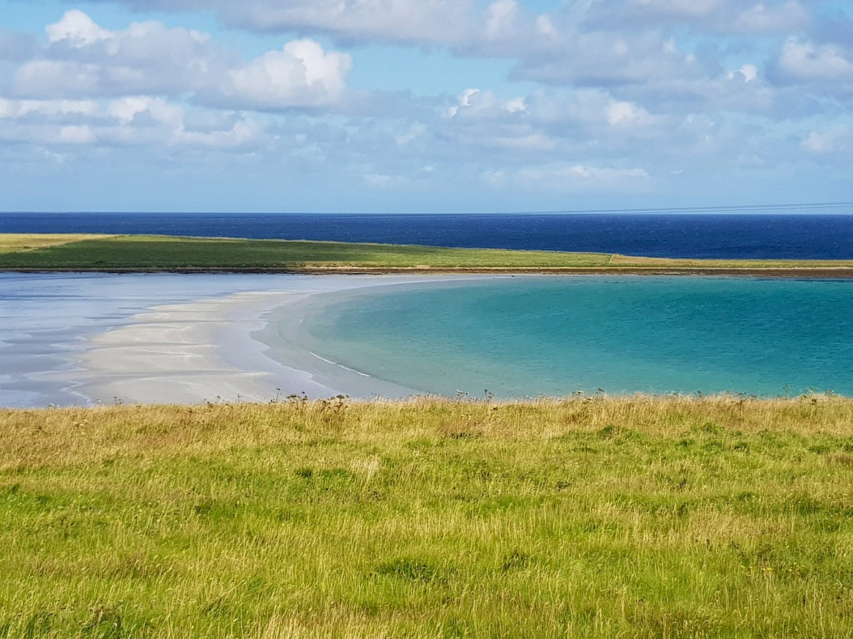 Turquoise seas and white sand in Sanday - image by Susanne Arbuckle