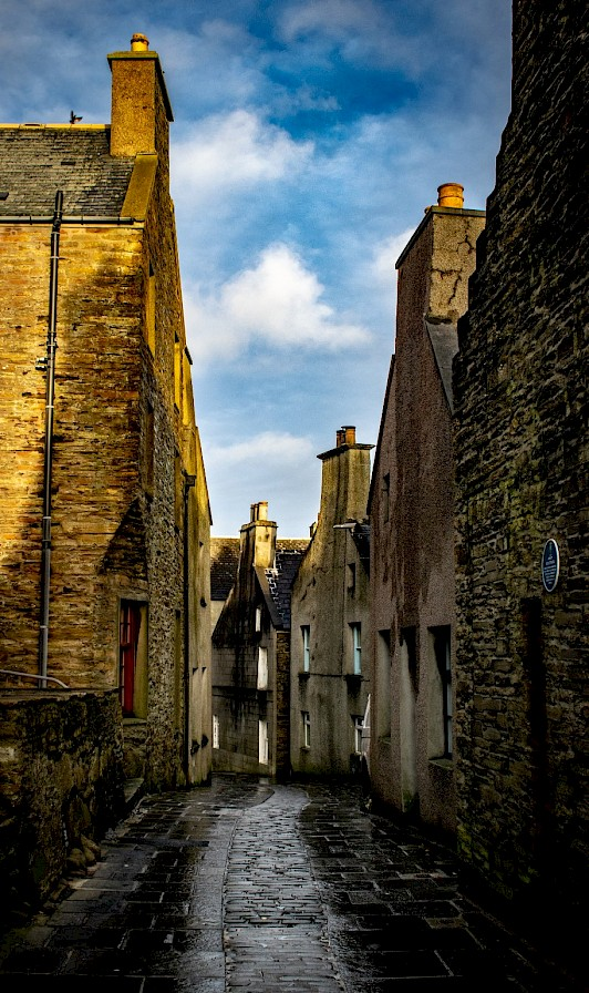 Street view in Stromness - image by Robert Towns