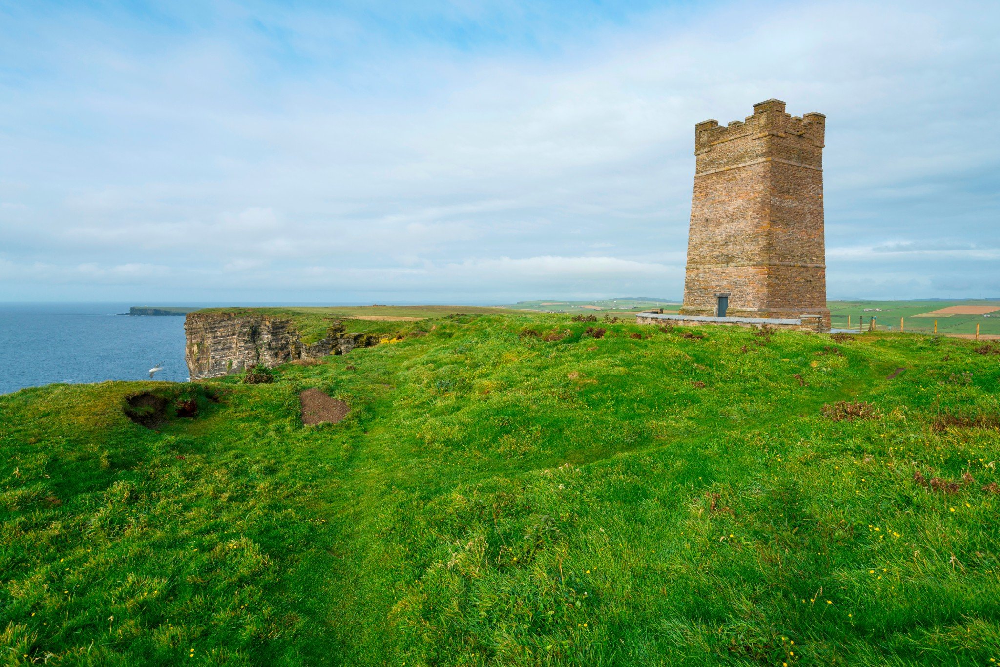 Marwick Head and Kitchener Memorial - image by VisitScotland/Kenny Lam