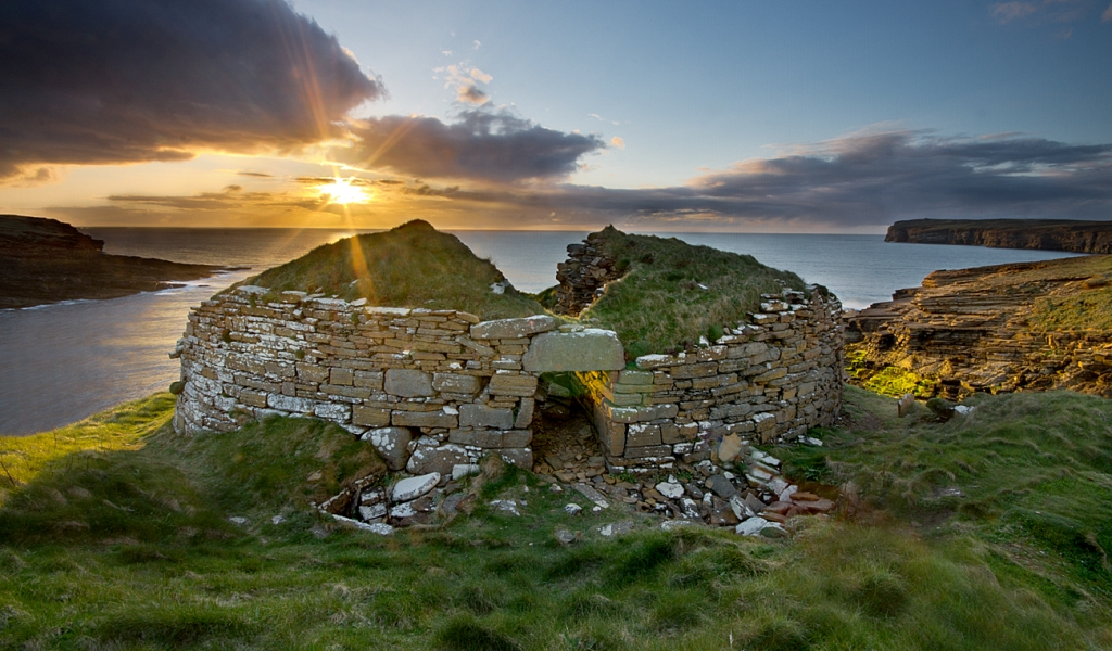 The Broch of Borwick on the west coast of the Orkney mainland - image by Pawel Kuzma