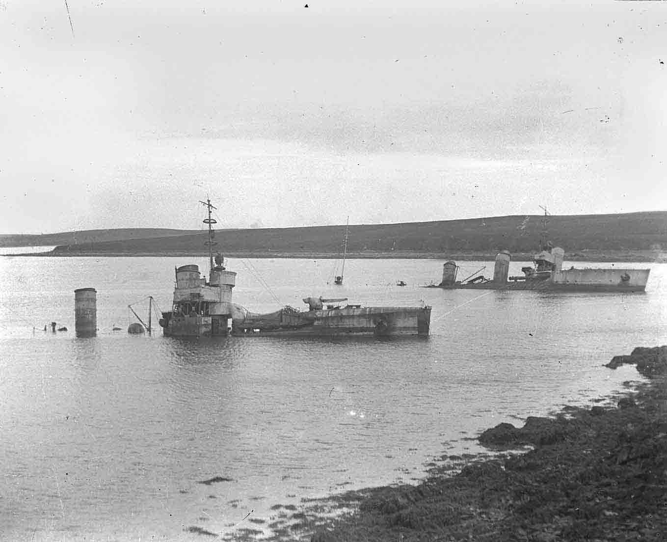 German destroyers ashore on Cava in Orkney - image courtesy of the Orkney Library and Archive