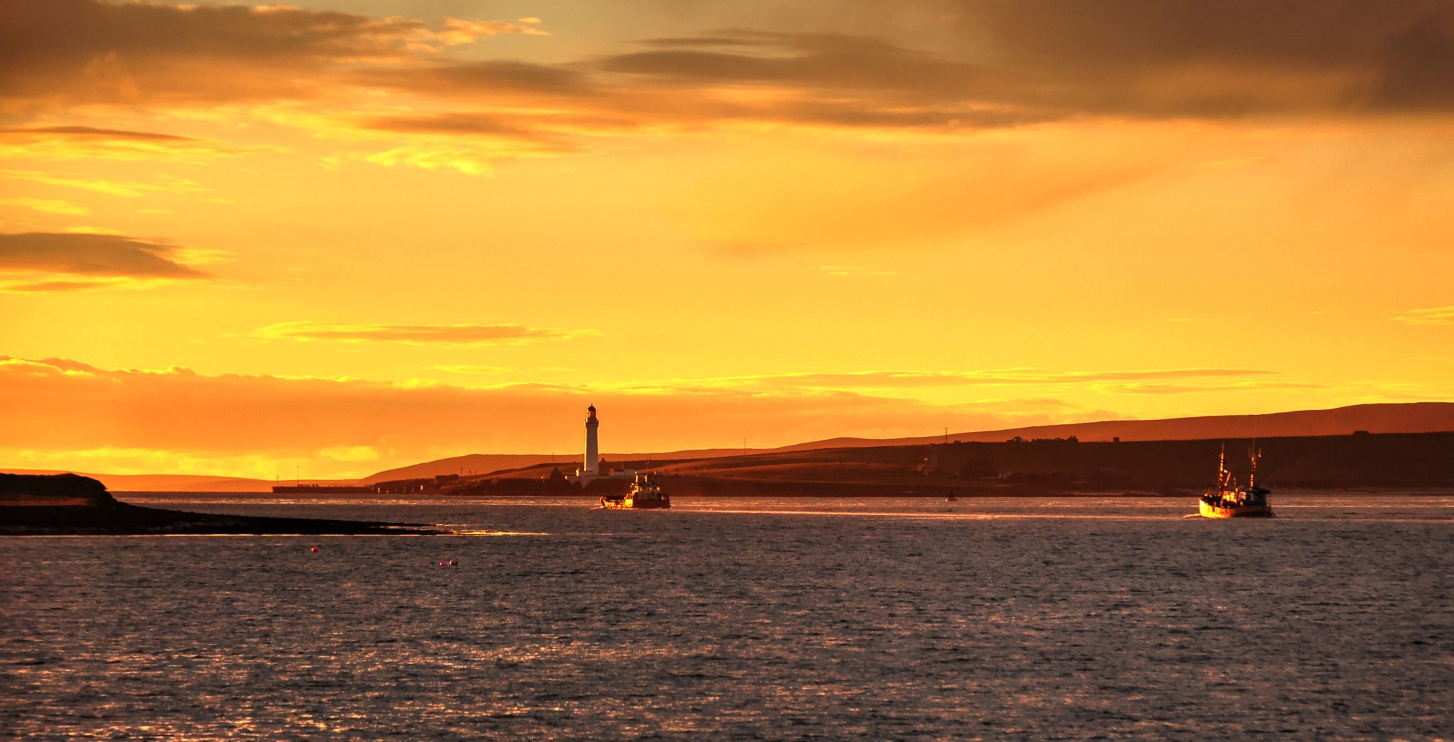 The view to Graemsay from Stromness - image by Glenn McNaughton