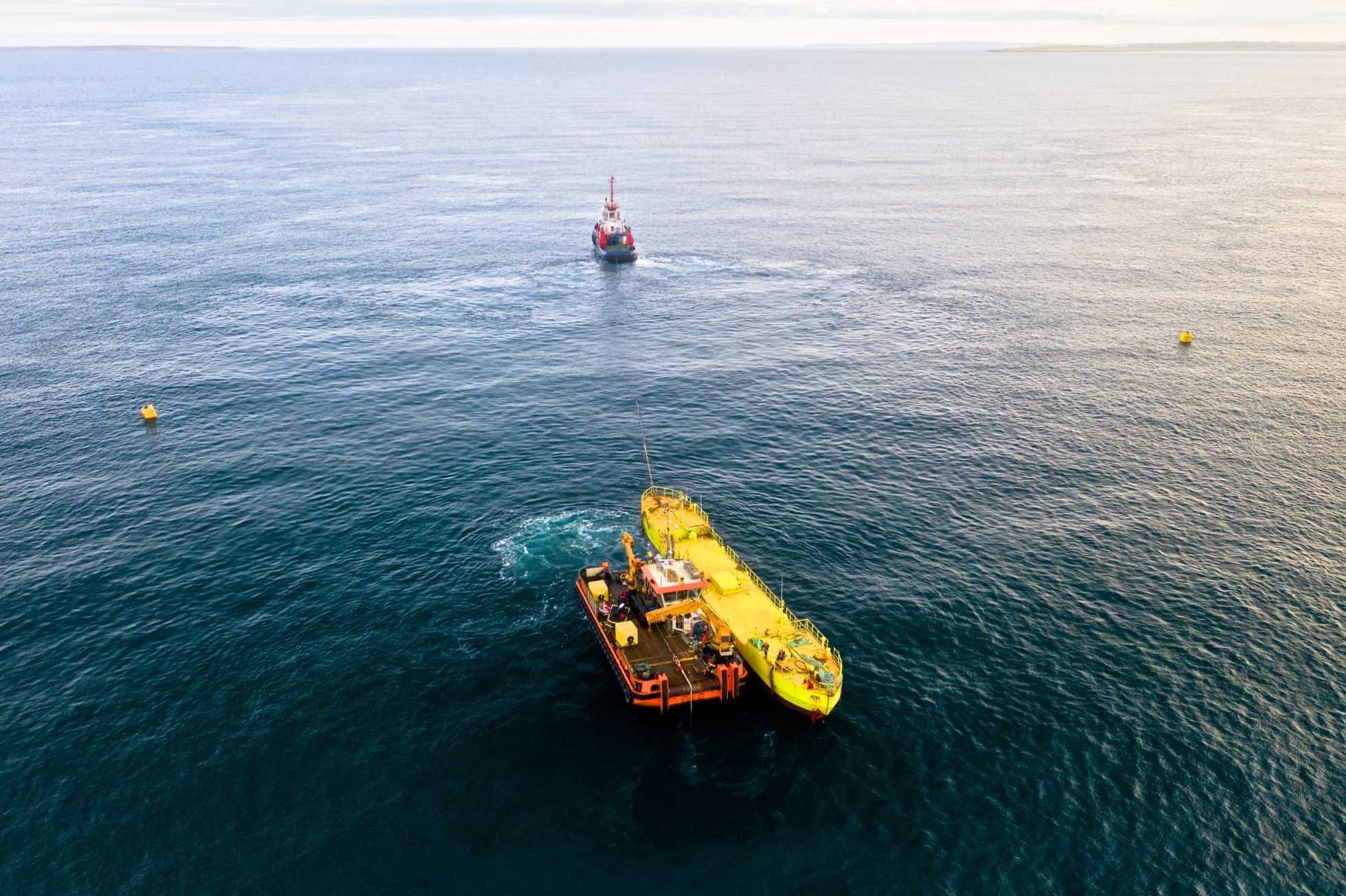 Aerial view of the work to install the ATIR device - image © Colin Keldie, courtesy Ocean_2G