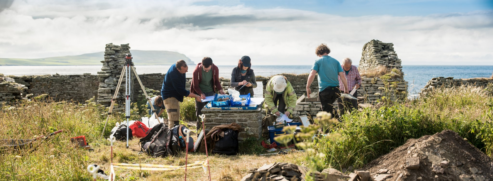 The team at work at Skaill Farm - image courtesy Archaeology Institute UHI